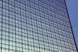 ナガオカ、1対2の株式分割を発表